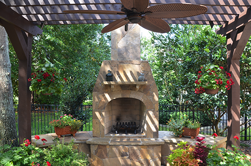 Creative Design Space Outdoor Fireplaces Amp Firepits